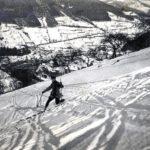 004 Skifahrer (eigentlich Skiläufer) wohl um 1920 vor Herlinsbach in Wolfach