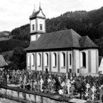 048 Ak um 1950 Pfarrkirche und Friedhof