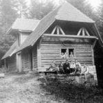 073 Die Lehrersfamilien Heinrich Greulich und Hans Bächler am Kreuzsattel