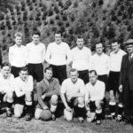 098 SVO Fußballe mit Vorstand Biniossek und Abteilungsleitr Gottfried Baur (links)