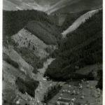 192 Ak Blick auf das Krankenhaus Wolfach und hinüber in den Langenbach