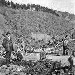 440 Foto vom Bau der Wasserleitung im Frohnbach mit Bürgermeister Raimund Bächle (Bürgermeister von 1930 bis 1937)