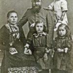457 Richard Bonath aus dem Kurzenbach als Soldat im Ersten Weltkrieg mit seiner Familie