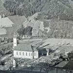 544 Blick vom Kirchberg auf die Dorfkirche und die Hofhalde wohl um 1935 (Foto wahrscheinlich von Vikar Stadelmann)