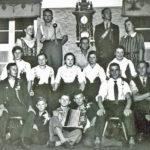 574 Fröhliche Gruppe um 1935 mit u. a. Hans Schmider und Alfons Rauber