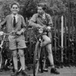 576 Start zur Radtour: Hans Schmider und Siegfried Müller um 1960