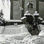 596 Schneereicher Winter um 1950 auf dem Lindenplatz