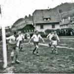 60 Fußball um 1948 auf der Weihermatte FC Wolfach gegen Schiltach