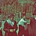 618 Kirchgang um 1945 - Farbdia von Pfarrer Josef Kuner
